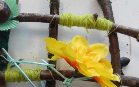 Hands on Holidays – Natural Weaving
